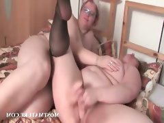 Mature bbw lesbos making out..