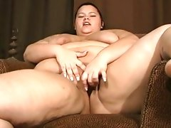 Bbw gal wants dildo in her..