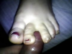 Quickly wife pretty footjob..