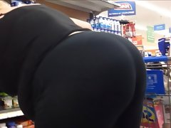 Ugly big ass gilf booty