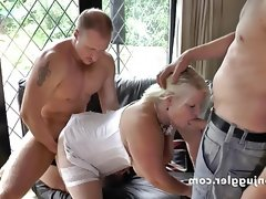 Granny lacey starr loves big..