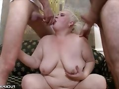 Chunky mature in a 3some..
