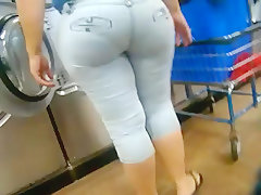 Big booty chick doing laundry