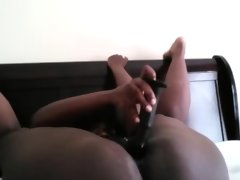 Bendy black bbw masturbates..